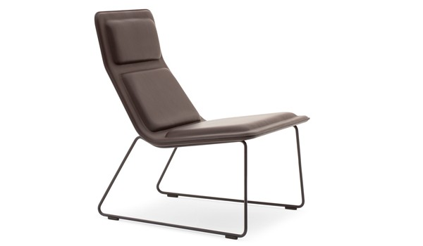 Low pad lounge chair modern chairs for Famous modern chairs