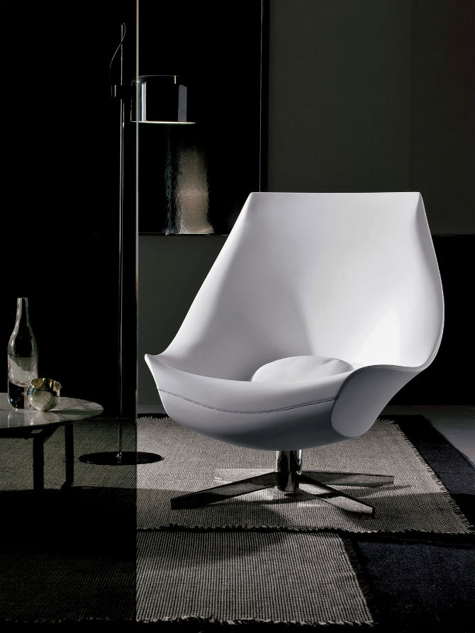 Decorate your Bedroom with a Luxurious White Armchair (5) White Armchair Decorate your Bedroom with a Luxurious White Armchair Decorate your Bedroom with a Luxurious White Armchair 5
