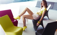 Modern chairs Dining chairs in design projects by Karim Rashid