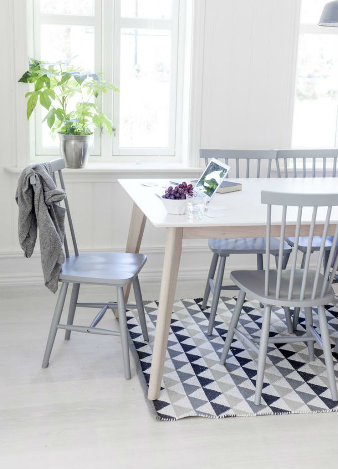 the best silver chair for the dining room