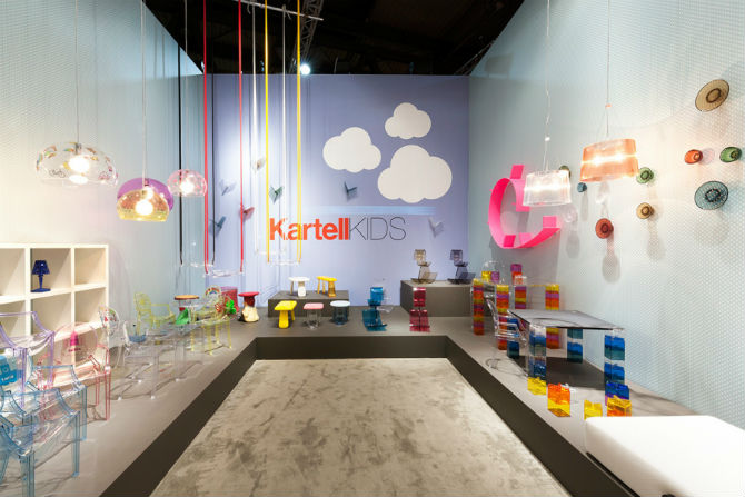 Kartell Talking Minds New Modern Chairs at Salone del Mobile 2016 modern chairs Kartell Talking Minds: New Modern Chairs at Salone del Mobile 2016 Kartell Talking Minds New Modern Chairs at Salone del Mobile 2016 7
