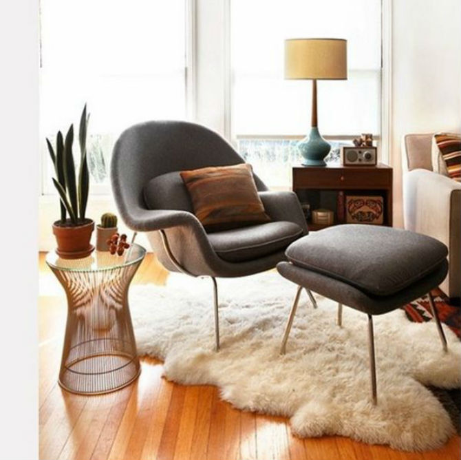 Velvet chair top 10 best chairs for the living room for Best living room chairs