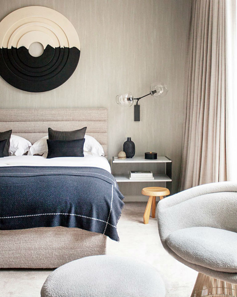 5 Luxury Chic Bedrooms With Bedroom Chairs Trending This New Season bedroom chairs 5 Luxury Chic Bedrooms With Bedroom Chairs Trending This New Season 5 Luxury Chic Bedrooms With Bedroom Chairs Trending This New Season 4