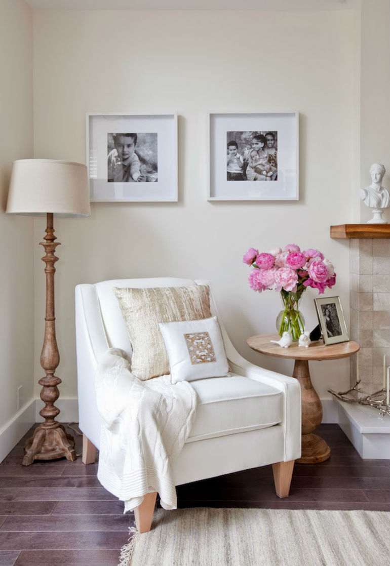 9 stunning white chair designs for a simple yet elegant for Elegant home decor