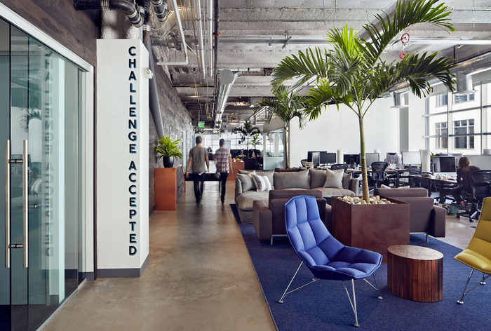 10 Unbelievable Modern Chairs at Dropbox Headquarters. Send Your CV! modern chairs 10 Unbelievable Modern Chairs at Dropbox Headquarters. Send Your CV! Geremia Design DropBox 13 700x472