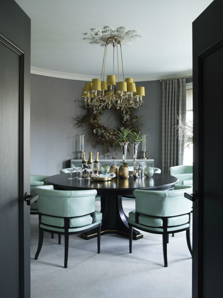 5 Velvet Chair Ideas For an Unforgettable Christmas Dinner velvet chair 5 Velvet Chair Ideas For an Unforgettable Christmas Dinner 5 Velvet Chair Ideas For an Unforgettable Christmas Dinner 6