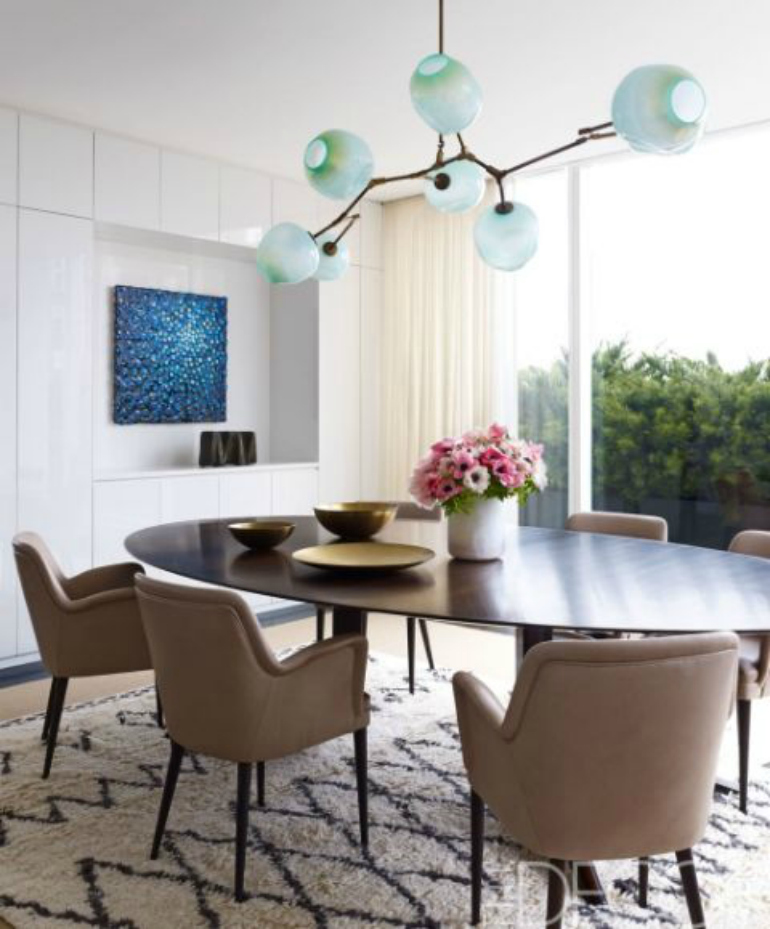 9 Striking Dining Chairs That Will Make A Statement In Any Décor dining chairs 9 Striking Dining Chairs That Will Make A Statement In Any Décor 4