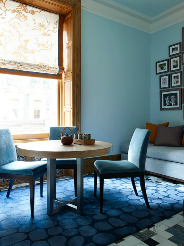 9 Incredible Modern Chairs Loved By Top Interior Designers modern chairs 9 Incredible Modern Chairs Loved By Top Interior Designers Incredibly Chic Dining Room Ideas By DrakeAnderson 2