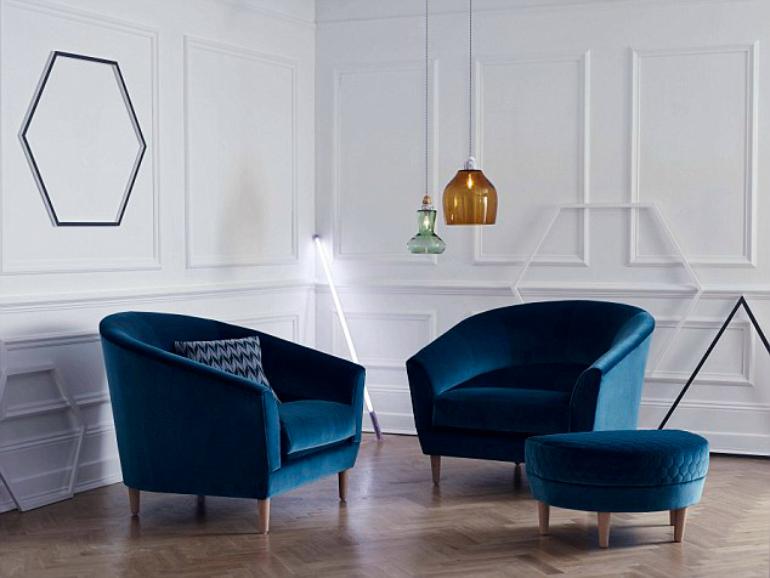 blue velvet Blue Velvet: A Classic Revisited 242AD66800000578 2923678 image a 109 1422030580441