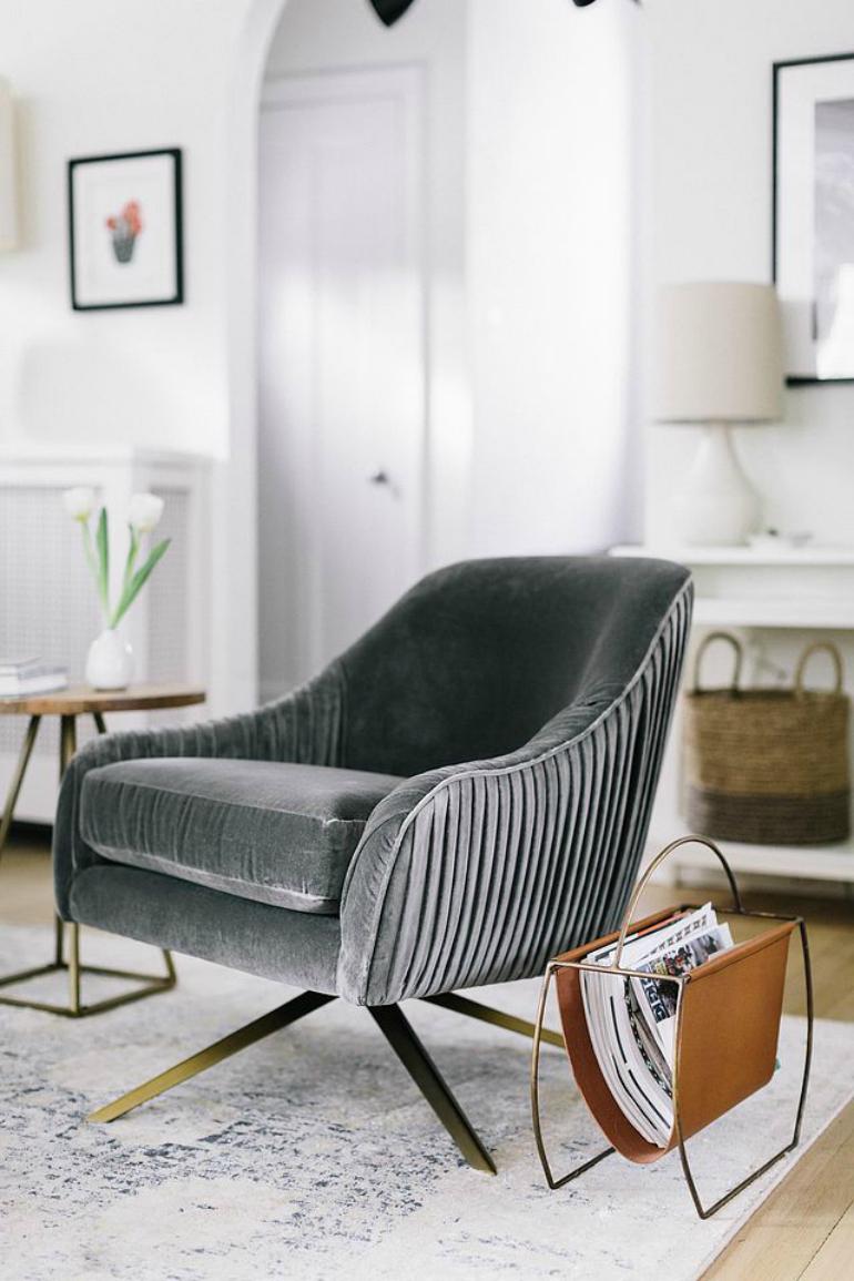 Top 6 Comfortable Velvet Armchairs For Bookworms velvet armchairs Top 6 Comfortable Velvet Armchairs For Bookworms aHR0cCUzQSUyRiUyRndpdGFuZGRlbGlnaHQuY29tJTJGY29udGVudCUyRnVwbG9hZHMlMkYlMkYyMDE2JTJGMDElMkZXLURfSmFuMTgtNC5qcGVn