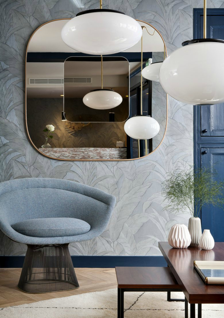 Hotel Bedroom: 7 Superb Bedroom Chairs In Top Parisian Hotels