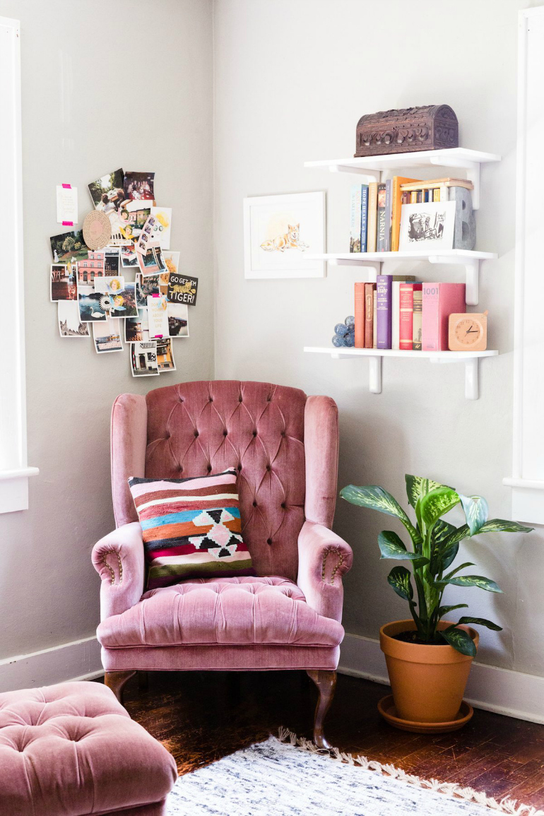 Top 6 Comfortable Velvet Armchairs For Bookworms velvet armchairs Top 6 Comfortable Velvet Armchairs For Bookworms home office makeover darling17