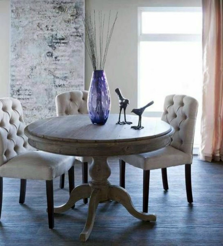 7 Sensational Capitonné Chairs For Your Dining Room capitonné chairs 7 Sensational Capitonné Chairs For Your Dining Room 70 round dining tables that can totally transform any kitchen 56 768