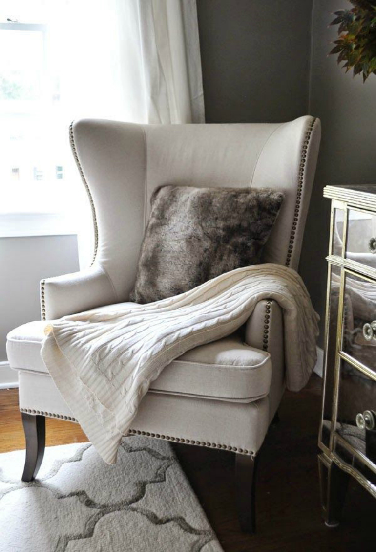 How To Match Your Bedroom Chair With A Contemporary Rug
