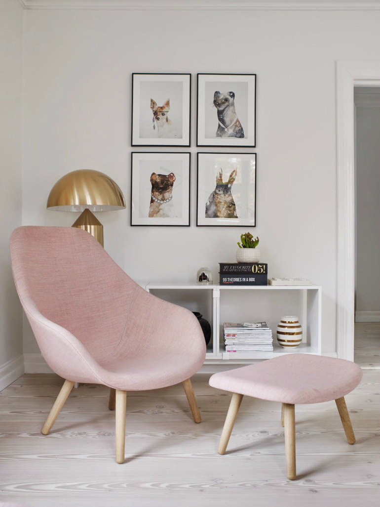 10 Superb Accent Chairs For Small Living Rooms accent chairs 10 Superb Accent Chairs For Small Living Rooms Blushing Tones