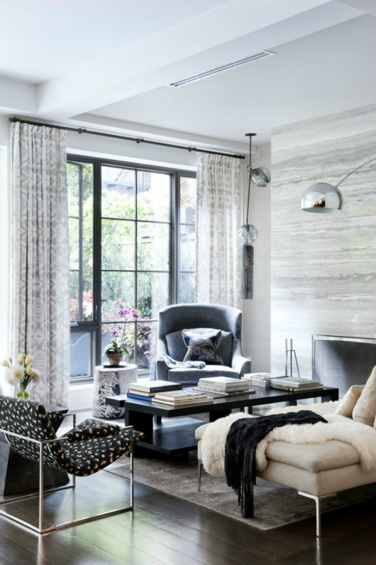 8 modern accent chairs for a super chic living room for Trendy living room chairs