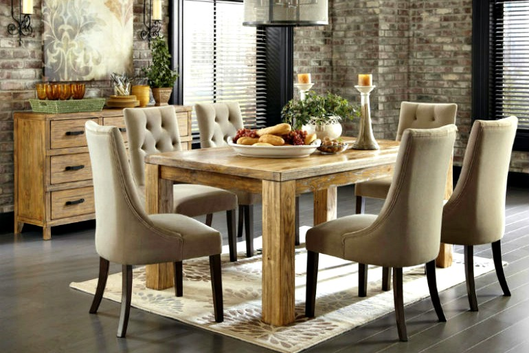 3 Questions To Ask Picking Up A Dining Room Chairs dining room chairs 3 Questions To Ask Picking Up A Dining Room Chairs leather upholstered dining chairs 1