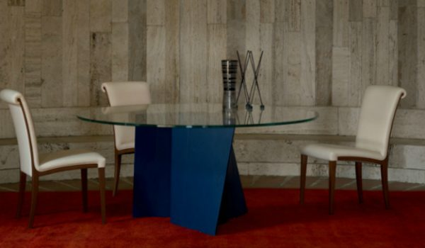 modern chairs 8 Superb Modern Chairs by Poltrona Frau To Transform Your Interior samo gallery 2 600x350