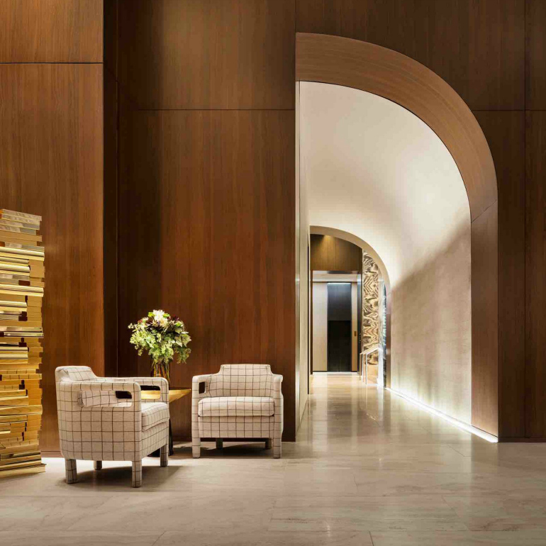 9 Top Modern Chairs From Superb Hotel Lobbies modern chairs 9 Top Modern Chairs From Superb Hotel Lobbies four seasons downtown yabu pushelberg interiors hotels new york usa dezeen sqc