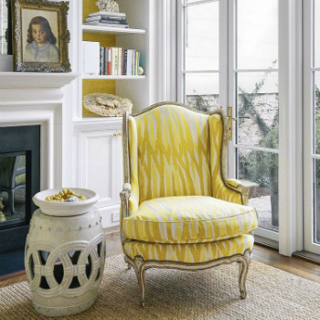 upholstered chairs Top 20 Modern Upholstered Chairs You Must See homeinspirationideas TREND ALERT 15 Modern Upholstered Chairs for this year 9 white armchair 2016 Best 50 White Armchair Trends (Part II) homeinspirationideas TREND ALERT 15 Modern Upholstered Chairs for this year 9