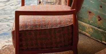 modern chairs Modern Chairs: The Best of Upholstery to Enter the Summer Summer is Coming 370x190